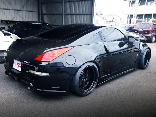 REAR EXTERIOR Z33 FAIRLADY Z WITH BLACK PAINT