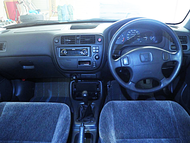 INTERIOR OF MB4 HONDA DOMANI