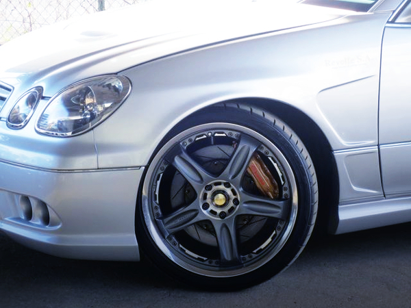 FRONT Brembo CALIPER AND GT-C WHEEL