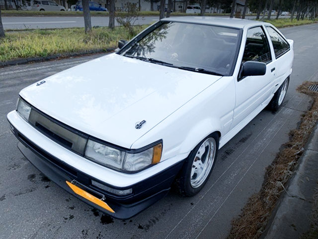 FRONT EXTERIOR AE86 LEVIN GT-APEX TO WHITE