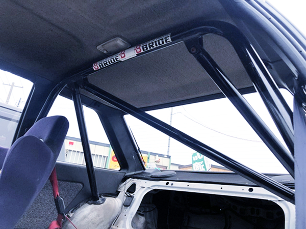 ROLL BAR ON AE86 LEVIN INTERIOR