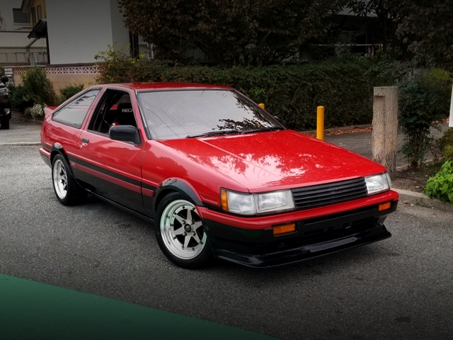FRONT EXTERIOR OF AE86 LEVIN GT-APEX to RED and BLACK TWO-TONE