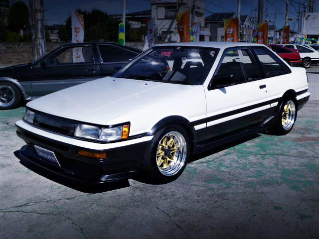 FRONT EXTERIOR AE86 LEVIN GT-APEX With PANDA COLOR