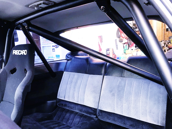 ROLL BAR TO AE86 TRUENO INTERIOR