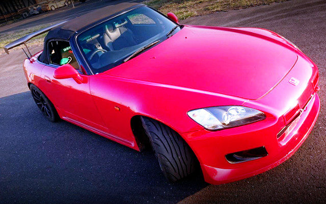 FRONT EXTERIOR OF AP1 HONDA S2000 TO RED