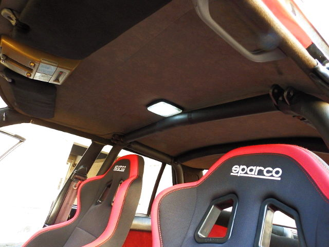 ROLL BAR AND SPARCO BUCKET SEATS