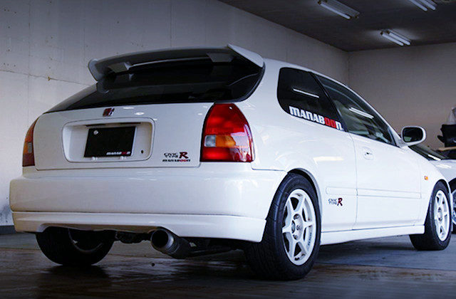 REAR EXTERIOR EK9 CIVIC TYPE-R