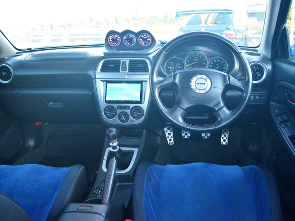 GDB IMPREZA WRX DASHBOARD AT INTERIOR
