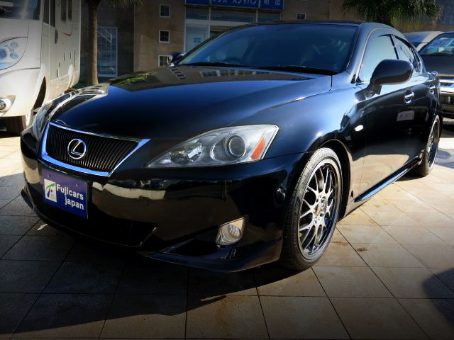 FRONT EXTERIOR OF GSE21 LEXUS IS350