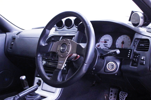 STEERING AND CLUSTER OF R33 GT-R INTERIOR