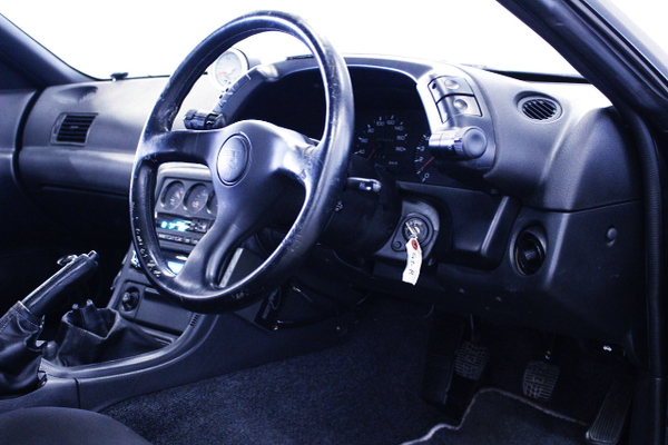 DRIVER STEERING AND CLUSTER
