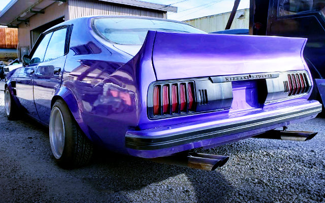REAR EXTERIOR OF KHC231 LAUREL TO CELICA LB TAIL LIGHT