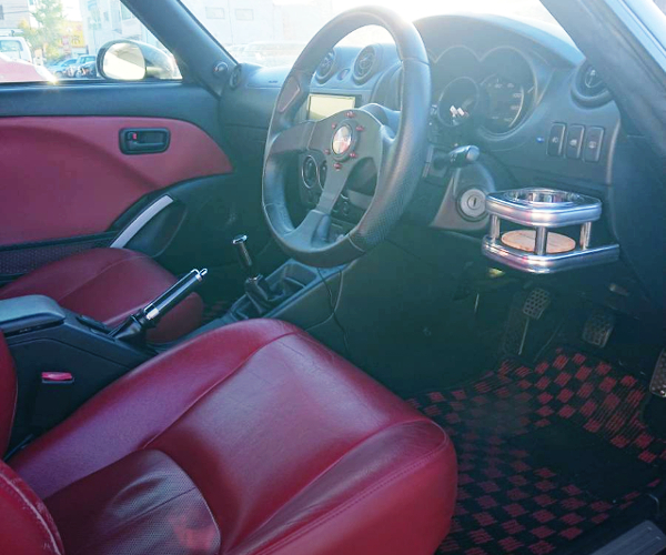 INTERIOR OF L880K COPEN