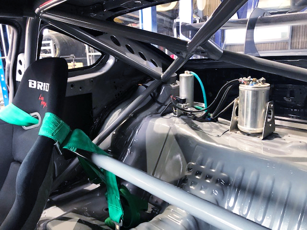 ROLL CAGE AND FUEL COLLECTOR TANK