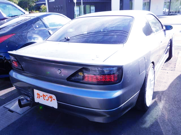 REAR EXTERIOR OF S15 SILVIA TO SILVER COLOR