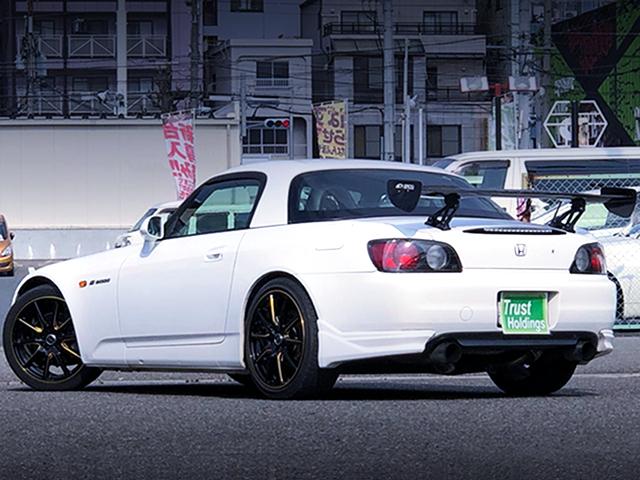 REAR EXTERIOR AP1 S2000 TO WHITE