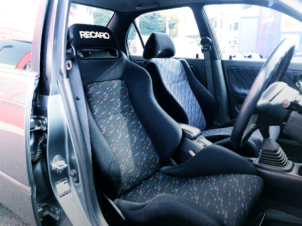 RECARO SEMI BUCKET SEAT AT DRIVER