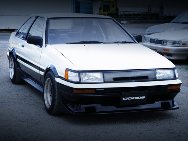 FRONT EXTERIOR OF AE86 LEVIN GT-APEX TO PANDA TWO-TONE COLOR