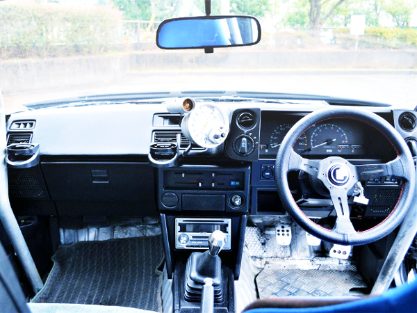 INTERIOR OF AE86 TRUENO