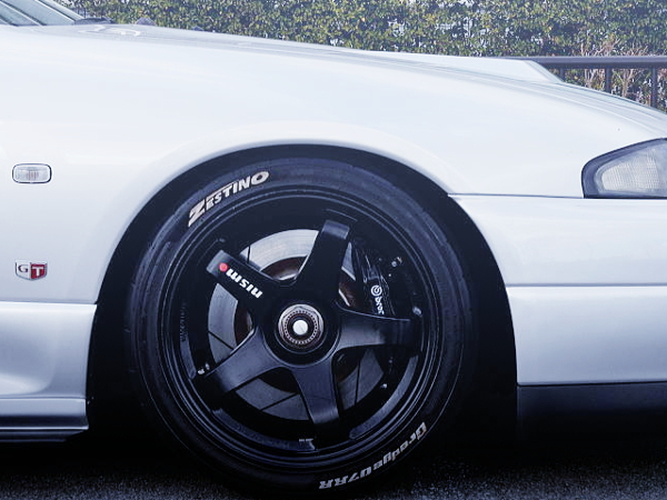 F50 Brembo CALIPER INSTALLED TO R33 GT-R