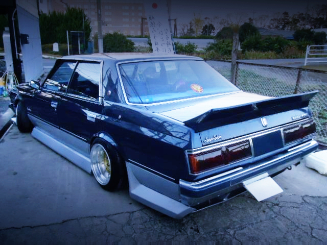 REAR EXTERIOR GS110 TOYOTA CROWN