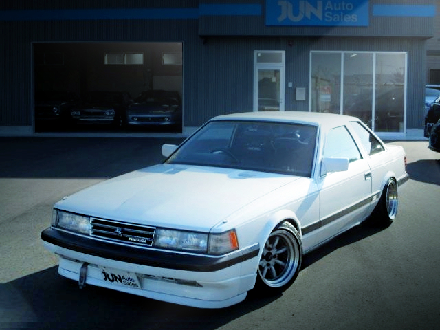FRONT EXTERIOR GZ10 SOARER TO WHITE COLOR