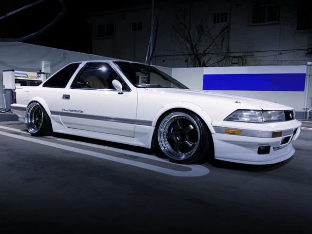 RIGHT SIDE EXTERIOR OF GZ20 SOARER WITH STANCE