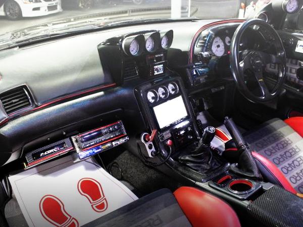 CUSTOM INTERIOR OF R32 GT-R