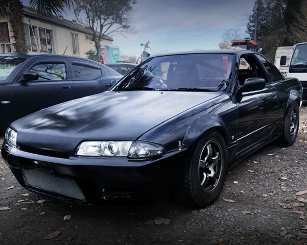 FRONT EXTERIOR OF HNR32 SKYLINE COUPE TO BLACK