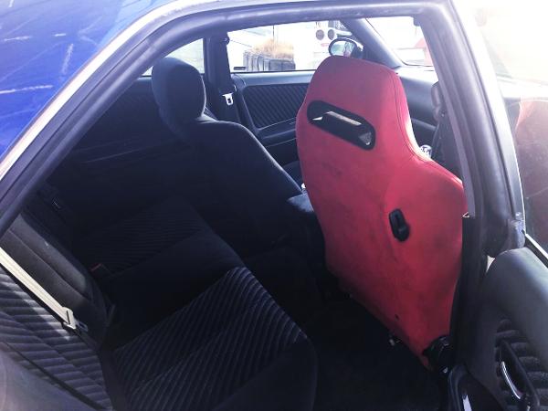 RECARO SEAT AT DRIVER