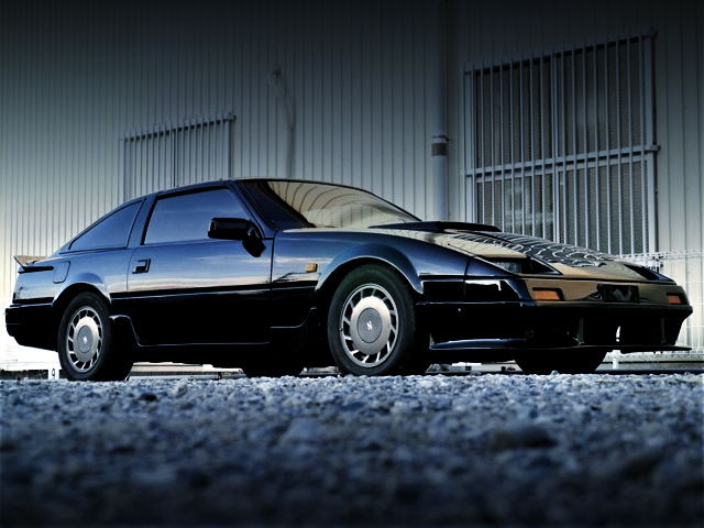 FRONT EXTERIOR OF Z31 FAIRLADY Z 200ZR-2 2by2 T-BAR