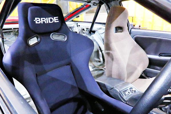 BRIDE FULL BUCKET SEAT AT DRIVER