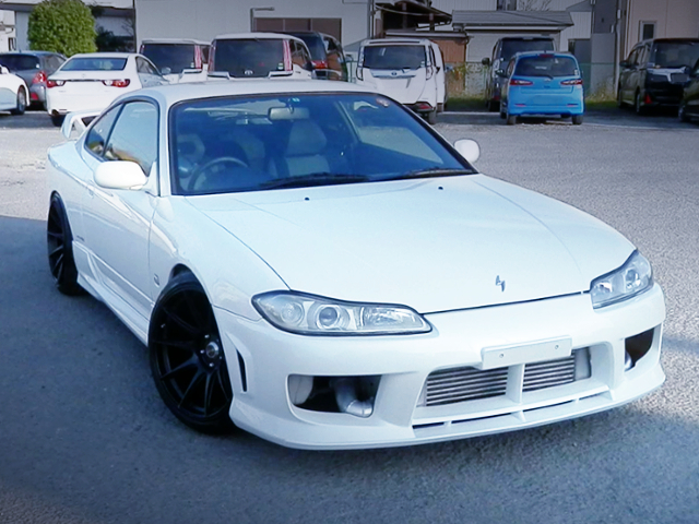 FRONT EXTERIOR OF S15 SILVIA