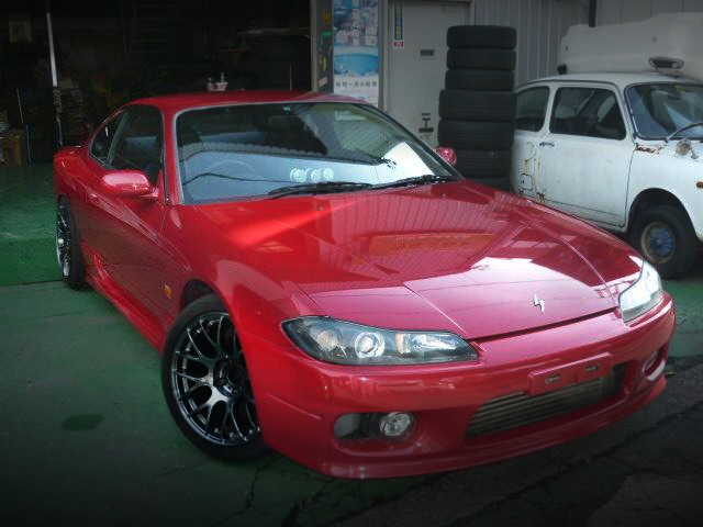 FRONT EXTERIOR OF S15 SILVIA RED