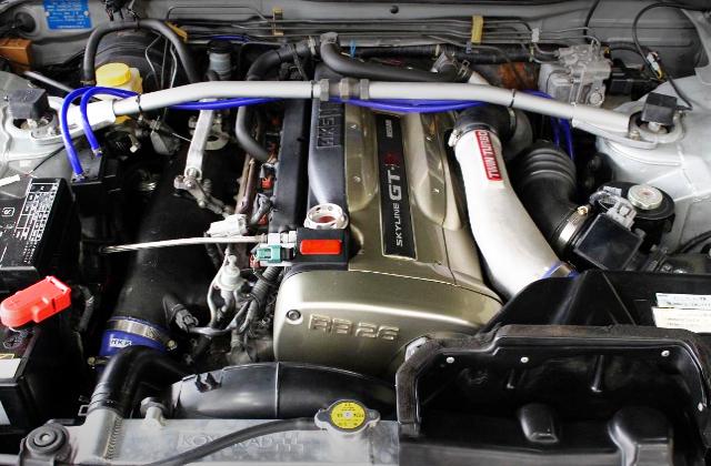 NUR RB26DETT TWINTURBO ENGINE INTO 260RS ENGINE ROOM