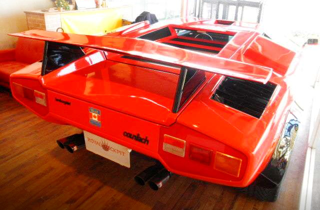 REAR EXTERIOR OF WOLF COUNTACH REPLICA MR-S