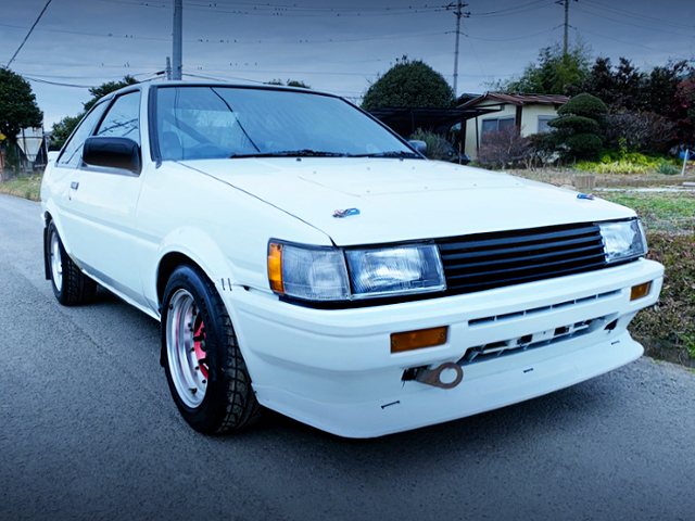 FRONT EXTERIOR OF AE86 TRURNO TO LEVIN CONVERSION