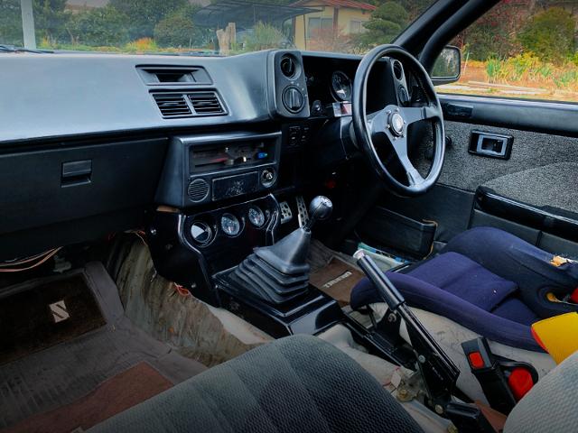 AE86 INTERIOR