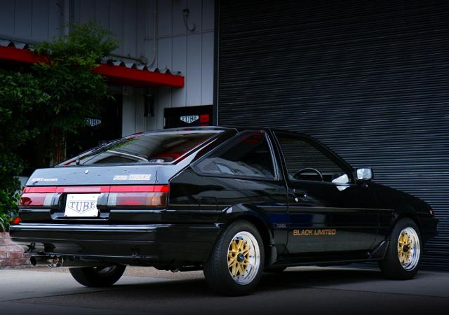 REAR EXTERIOR OF AE86 TRUENO BLACK LIMITED