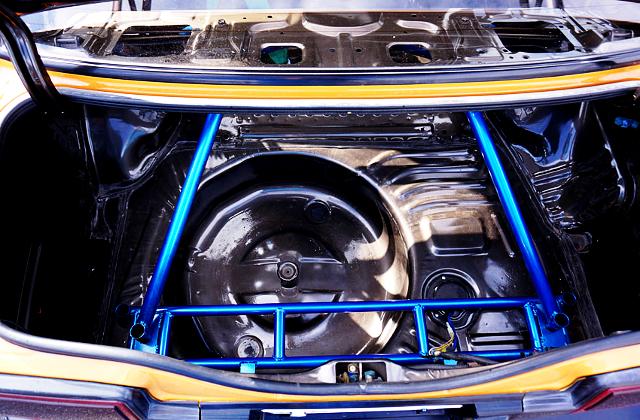 TRUNK BAR INSTALLED AE86 TRUENO