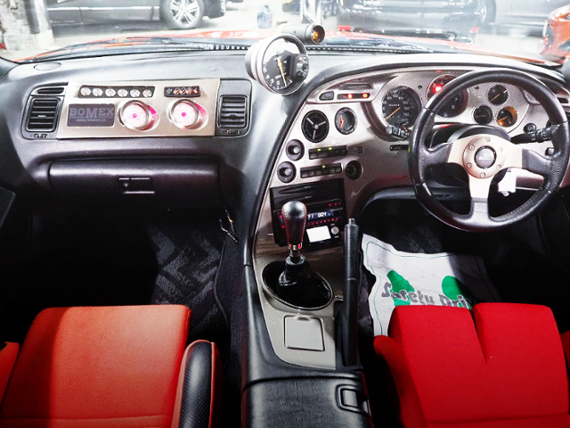 INTERIOR OF JZA80 SUPRA RZ-S