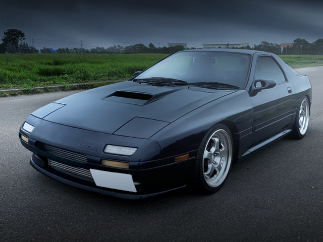 FRONT EXTERIOR OF FC3S RX-7