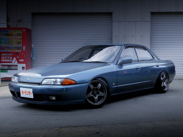 FRONT EXTERIOR OF R32 SKYLINE 4-DOOR GTST TYPE-M