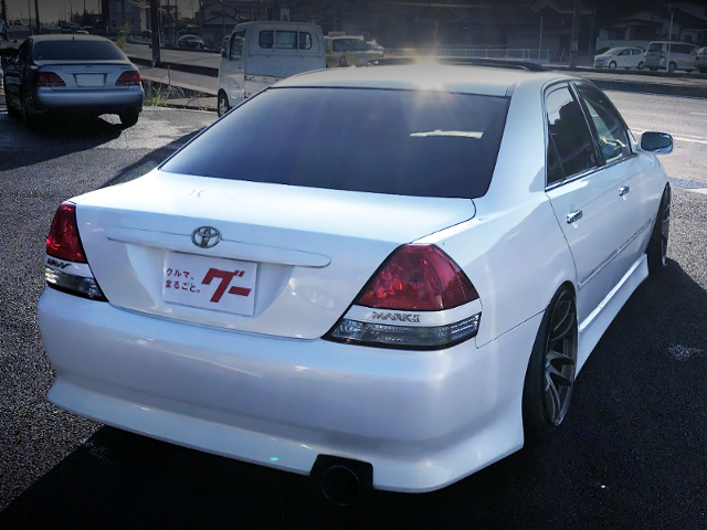 REAR EXTERIOR OF JZX110 MARK2 iR-V WHITE