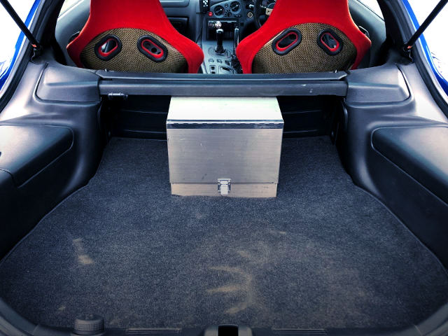 LUGGAGE ROOM OF FD3S RX-7 SPIRIT-R TYPE-A