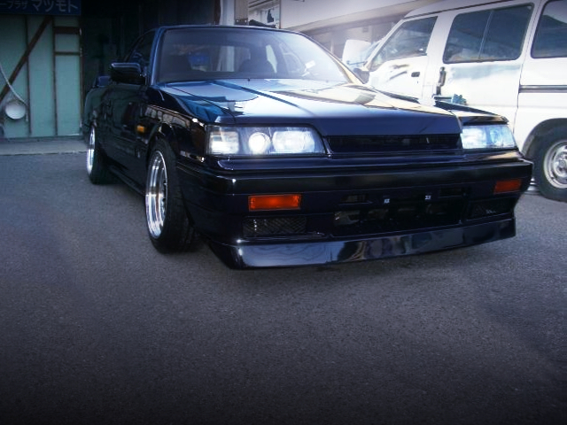 FRONT FACE OF R31 GTS-R BLUE-BLACK COLOR