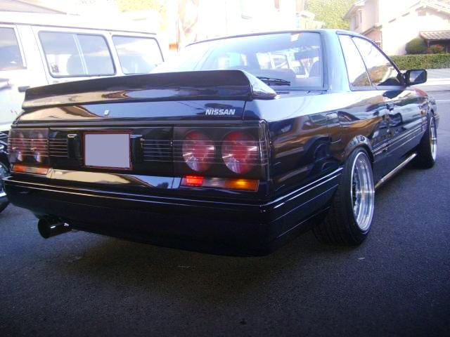 REAR EXTERIOR OF R31 GTS-R