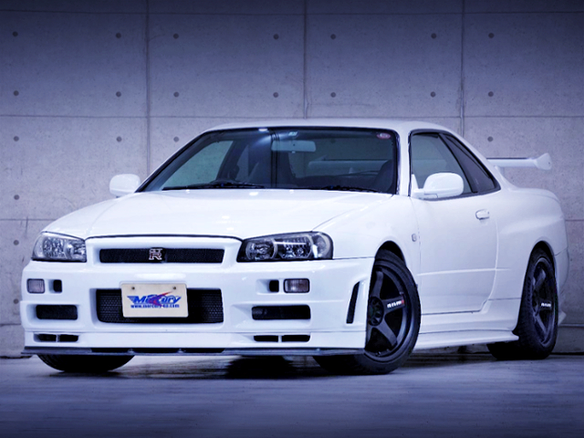 FRONT EXTERIOR OF R34 GT-R WHITE