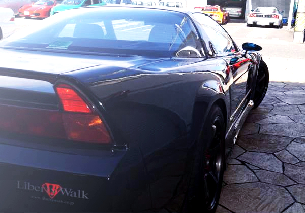 RIGHT-SIDE REAR FENDER OF NA1 NSX WIDEBODY