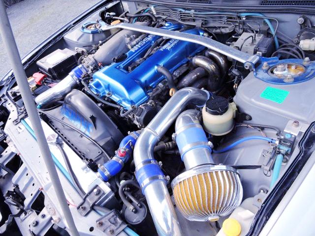 BLUE HEAD COVER ON SR20DET OF S15 MOTOR